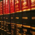 Bardzo nierzadko ludzie dzisiaj wymagają asysty prawnika.